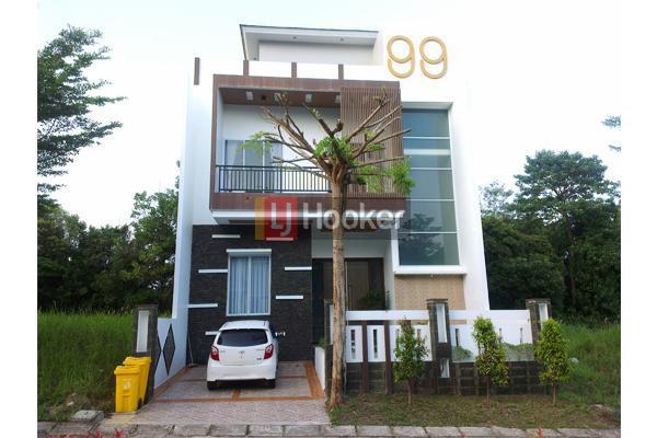 Rumah Mewah Furnished 3 Lantai Ada Swimming Pool Indoor Di Sukajadi.