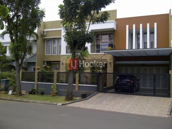 Dijual Rumah Cantik Siap Huni  Puspita Loka