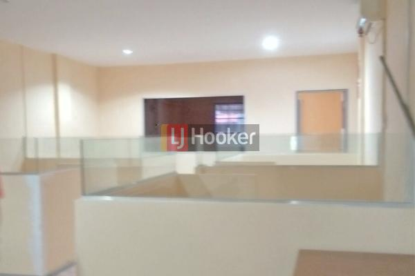 Ruko 3 1/2 Lantai Siap Pakai Bekas Kantor Di Batam Centre