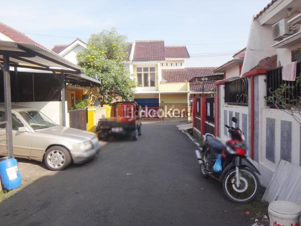 Rumah Bagus di Perum Grafika Semarang