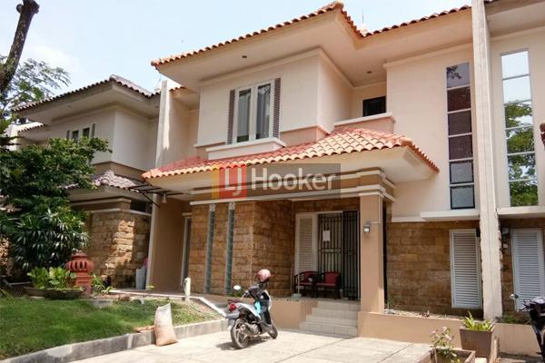Rumah Furnished 2 Lantai Di Villa Panbil