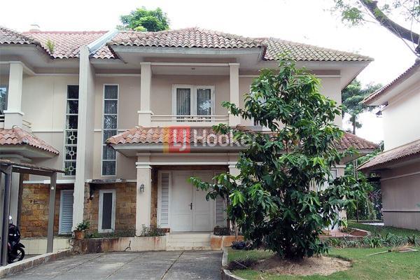 Rumah Furnished 2 Lantai Di Villa Panbil Residence.