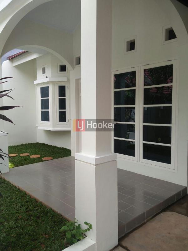 Rumah SIap Huni dekat Grand Galaxy City dan Tol Becakayu Bekasi