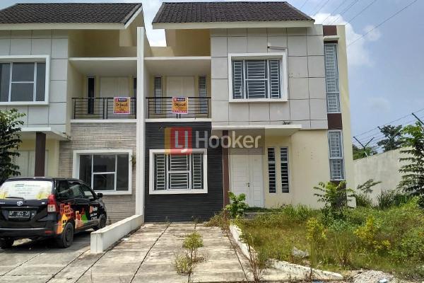 Rumah Hook 2 Lantai Di Taman Golf Residence 1