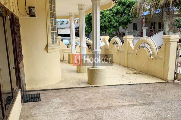 Rumah Kos kosan 4 Lantai Lokasi Strategis Di Tengah Kota Baloi Blok 3 Batam Kota.