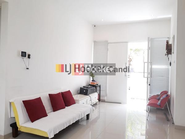 Rumah di Bukit Wilis Bukit Sari Semarang