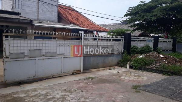 Dijual rumah di Jl Kp Curug IDR 1.4 M