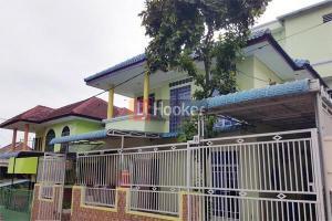 Rumah Banyak Kamar Siap Huni Di Lucky View Baloi .