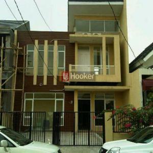 Rumah Jl Raya Santek Ciracas Jakarta Timur
