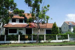 Rumah Besar 2 Lantai Di Bukit Indah Sukajadi