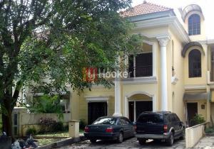 Rumah Mewah 3 Lantai Di Taman Dutamas Batam Centre.