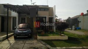 Dijual Rumah Hook di Panorama Residence, Bojongsari, Depok
