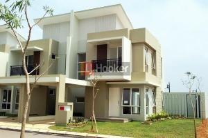 Rumah Baru Posisi Hook Siap Huni Di Orchard Park