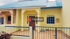 Rumah Siap Huni Di Center Park