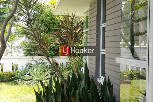 Taman Golf Residence 1 Rumah Hook Dua Lantai