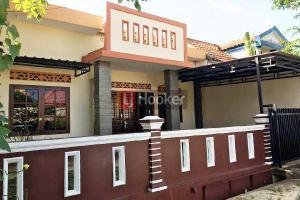 Rumah Full Renovasi Di Permata Bandara