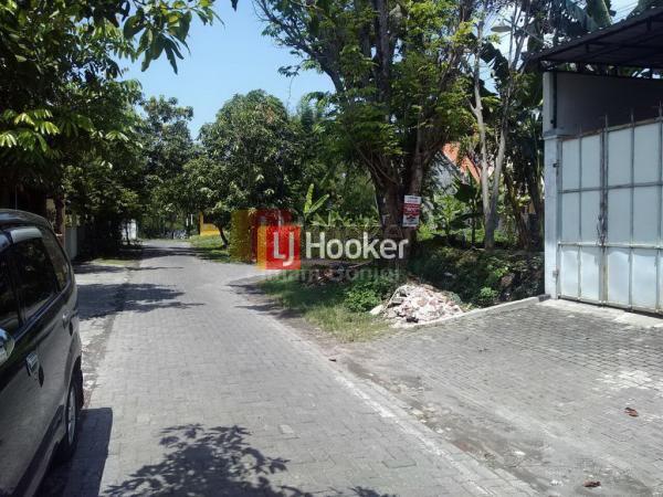 Tanah Tengah Kota, dekat akses tol, lingkungan aman dan nyaman di Semarang