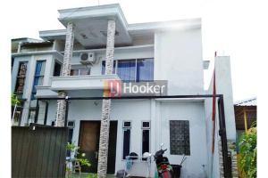 Rumah Hook 2 Lantai Di Cluster City Garden