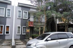 Rumah 2 Lantai Siap Huni Di Taman Golf Residence 1.