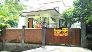 Villa minimalis di Bukit Permai Jimbaran, 3KT, harga menarik.