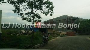 Tanah siap bangun di perumahan Elite Graha candi Golf Jangli Semarang