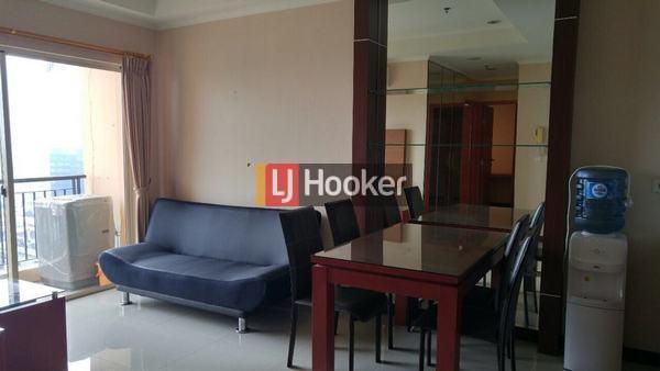 Unit Jarang Ada!! View Bagus Hadap Selatan lepas, Furniture Bagus Rapi di Apartemen City Home MOI
