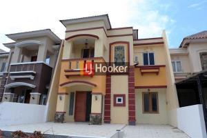 Rumah Furnished 2 Lantai Di Beverly Garden
