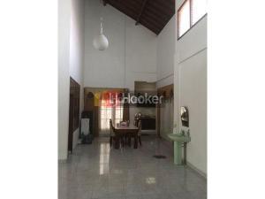 Rumah di Bumi Wanamukti Sambiroto Semarang