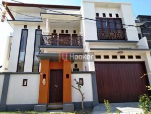 Rumah cantik dan minimalis di Perum Wisma Nusa Permai, 5KT, 2KM, 2 Lantai