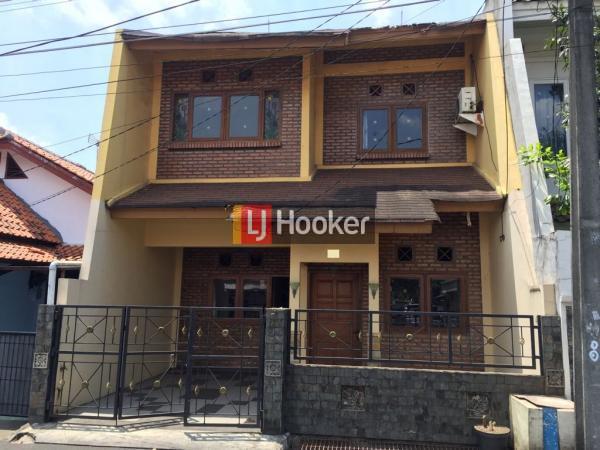 Dijual Rumah Asri strategis Rawamangun Jakarta Timur
