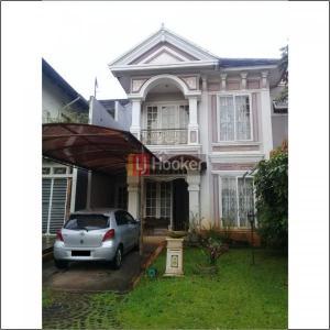 Dijual rumah cantik di Taman Tirta Golf cluster Victoria River Park BSD