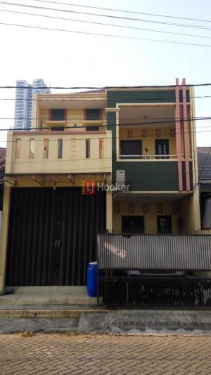 Rumah Lokasi Strategis di Cikas dekat Grand Galaxy City Bekasi