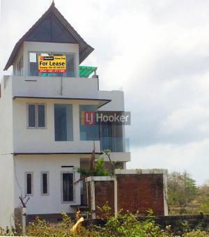 Villa baru, 4 lantai, 3KT, 3KM di Jl. Kediri, Ungasan
