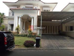 Rumah Klasik di Cluster Favorite Kota Wisata Cibubur