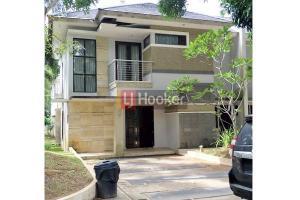 Rumah Furnished 2 Lantai Siap Huni Di Villa Panbil