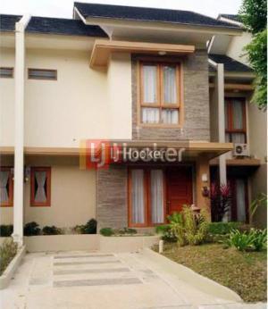 Rumah 2 Lantai Furnished Di Villa Panbil Residence