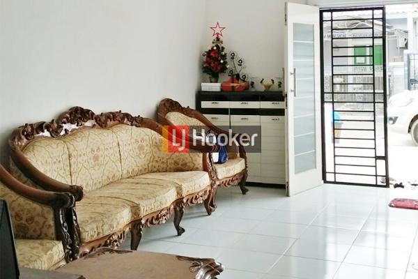 Villa Bukit Indah Rumah Dua Lantai Siap Huni