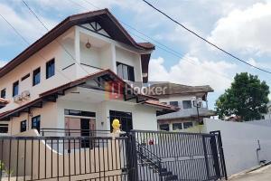 Rumah Besar Siap Huni Di Villand Park