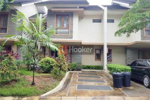 Rumah Furnished  Siap Huni Villa Panbil