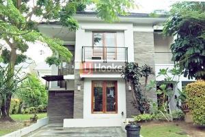 Rumah Furnished 2 Lantai Siap Huni Villa Panbil.