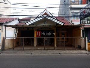 Rumah Siap Huni Strategis dekat Grand Galaxy City Bekasi