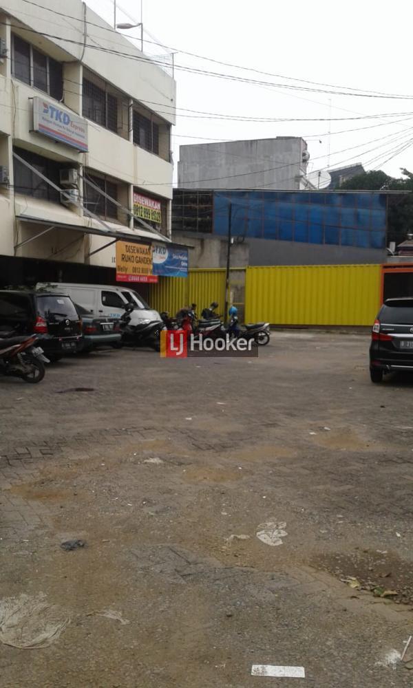 Disewakan Ruko Single Komersil Cocok untuk kantor dan usaha jalan klender dekat stasiun