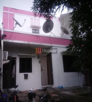 Rumah siap huni Jl Cemara di Lippo Cikarang