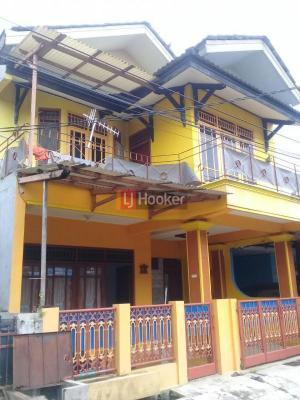 Dijual Rumah 2 Lantai Lokasi Strategis