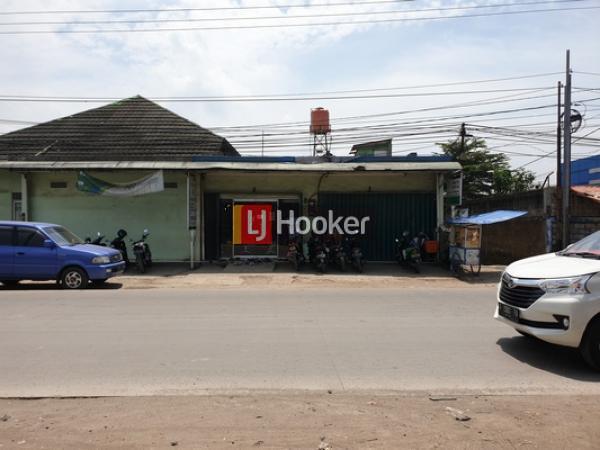 Tanah 1.628 m2 Strategis di Pinggir Jalan, Jl.Raya Narogong, Bekasi Barat
