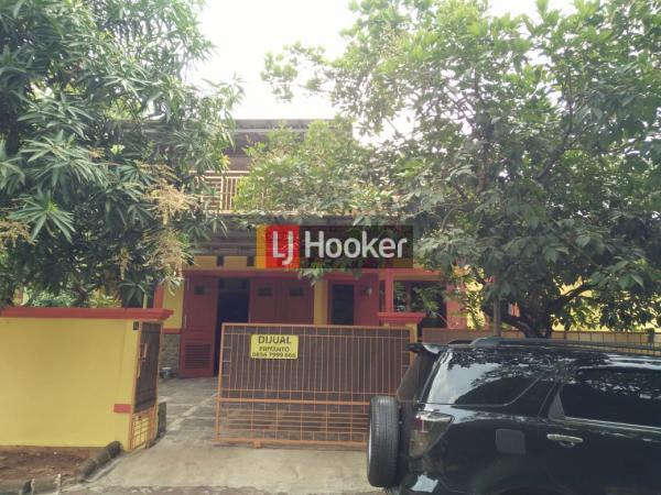 Rumah cantik siap huni di Vila Nusa Indah 5