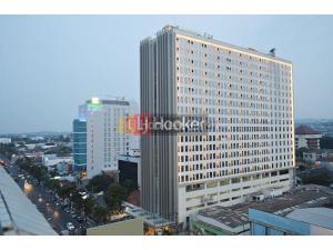Apartment di Warhol Louise Kienne Simpang Lima Semarang