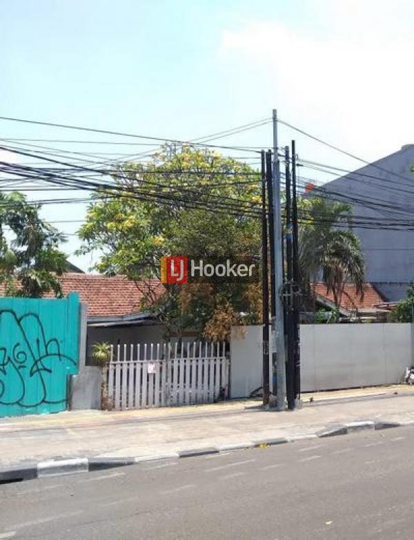 Rumah hitung tanah di Rawamangun, Jakarta Timur