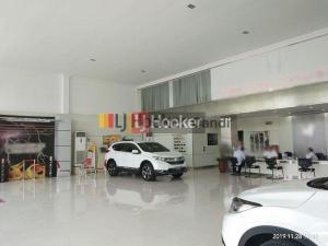 Showroom di Raden Patah Semarang
