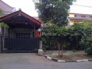Rumah Di Jalan Kayu Putih Timur, Area Pulogadung